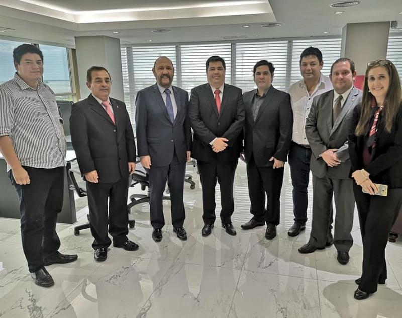 Provechosa reunión con el Gobernador de Formosa